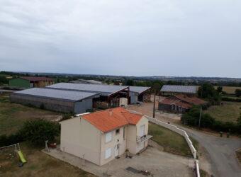 Centrale solaire dans la ville de La Chapelle Thireuil