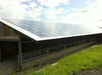 Centrale solaire dans la ville Le Fouilloux