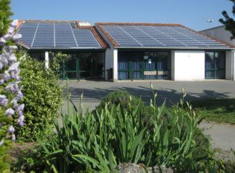 Centrale solaire dans la ville de Périgny